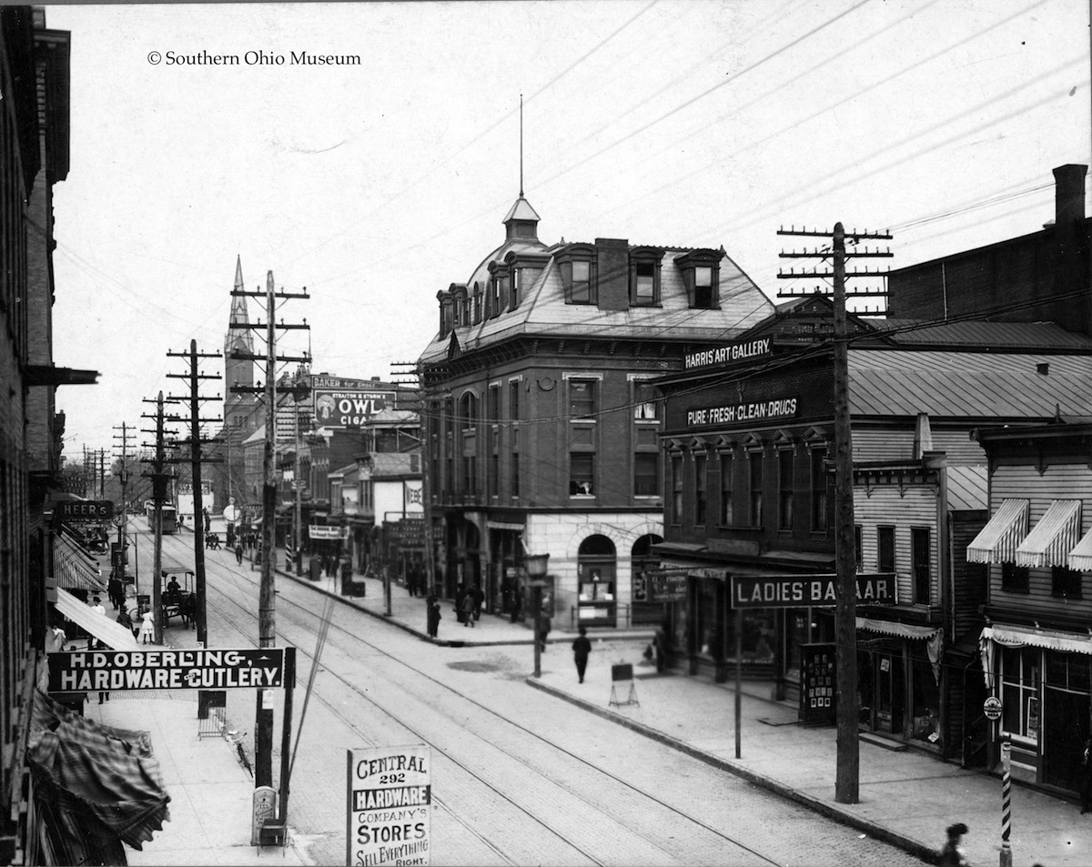 Grand Opera House at Fourth & Chillicothe Streets (c. 1910)