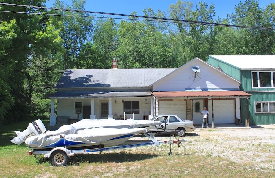 Turkey Creek School on State Route 125, Friendship, Scioto County, Ohio (2013).
