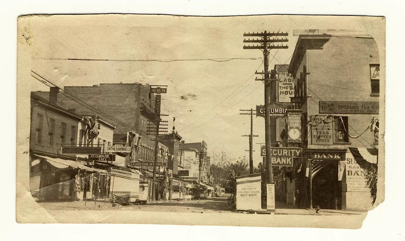 View of Security Savings Bank, Gallia Street, Portsmouth Ohio, c. 1910.